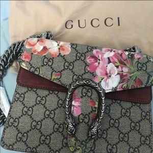 Gucci Surpreme GG Blooms Dionysus
